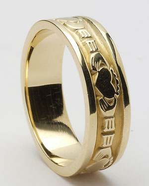 10K Gold Claddagh Wedding Band